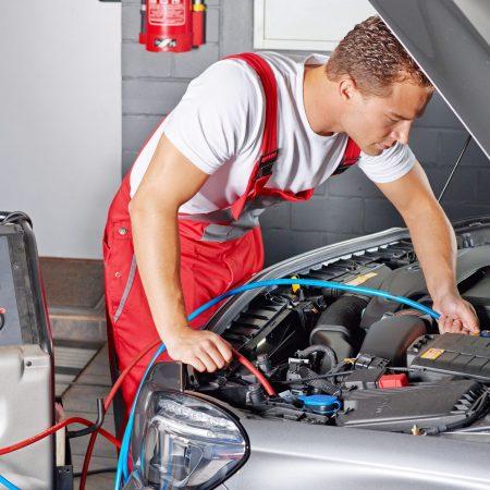 AUR20216 – Cert II Automotive Air Conditioning Technology